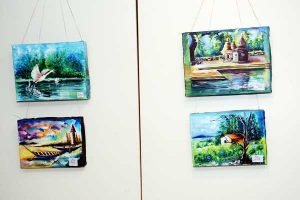 - Art Exhibition 2017 04 300x200 - Arts Exhibition 2017