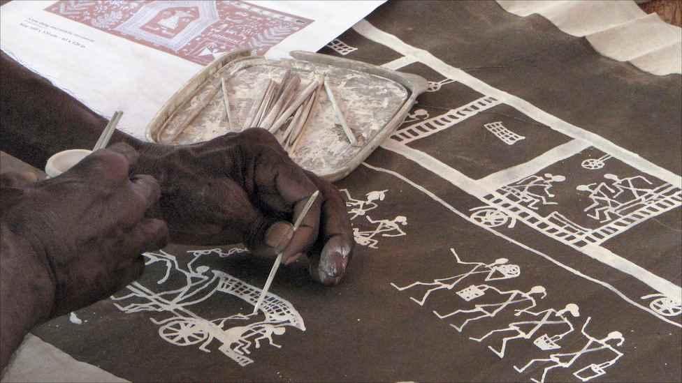 warli, madhubani, miniature, phad, gond painting in pimple saudagar - Warli C10 01 01 - Warli, Madhubani, Miniature, Phad, Gond Painting